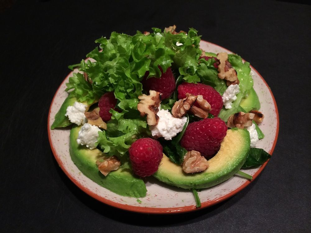 Raspberry avocado salad