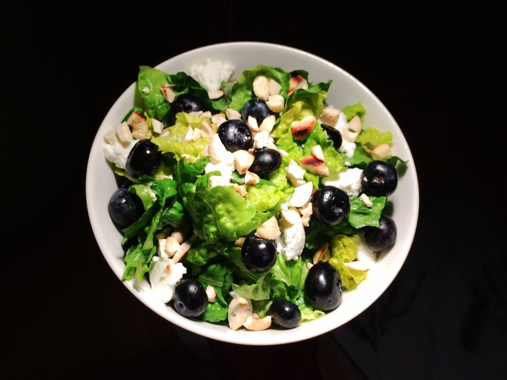 Blueberry mozzarella salad